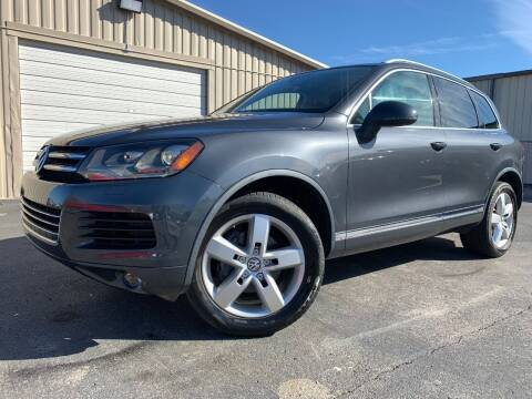 2012 Volkswagen Touareg for sale at Driving Xcellence in Jeffersonville IN