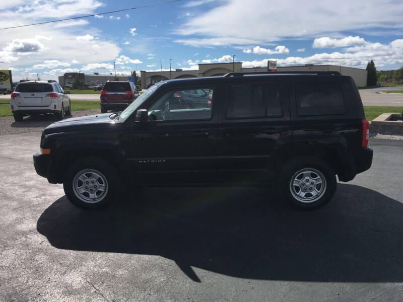 2016 Jeep Patriot for sale at JACK'S AUTO SALES in Traverse City MI