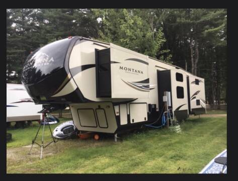 2017 Montana High Country HM370br for sale at Amherst Street Auto in Manchester NH