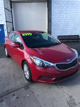 2016 Kia Forte for sale at Square Business Automotive in Milwaukee WI