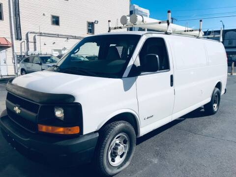 2008 Chevrolet Express Cargo for sale at Xpress Auto Sales & Service in Atlantic City NJ
