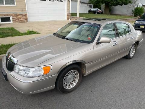 2002 Lincoln Town Car for sale at Jordan Auto Group in Paterson NJ
