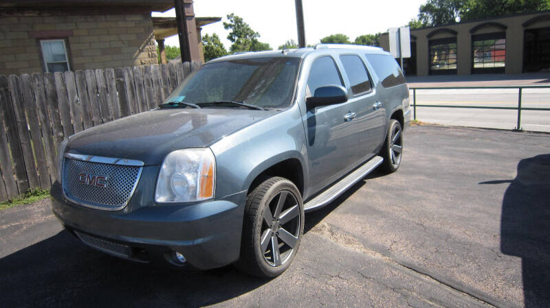 2007 GMC Yukon XL for sale at Auto Shoppe in Mitchell SD