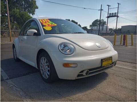2005 Volkswagen New Beetle for sale at D & I Auto Sales in Modesto CA