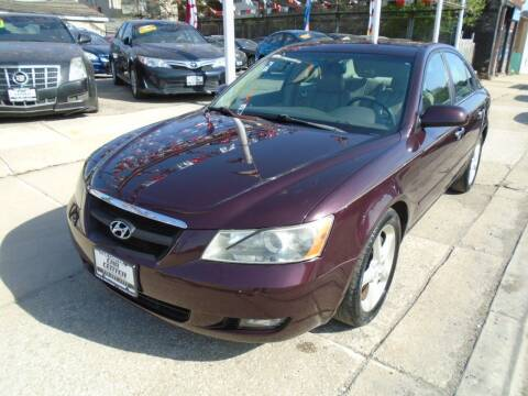 2006 Hyundai Sonata for sale at CAR CENTER INC in Chicago IL