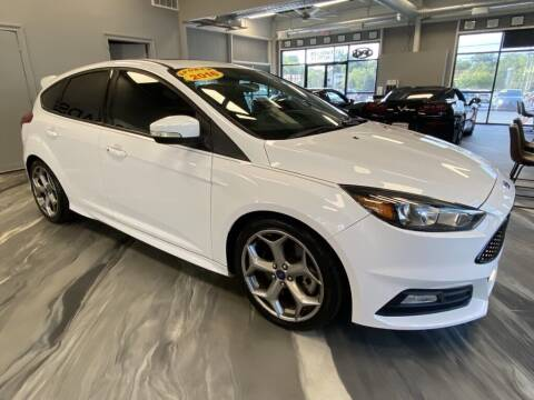 2016 Ford Focus for sale at Crossroads Car & Truck in Milford OH