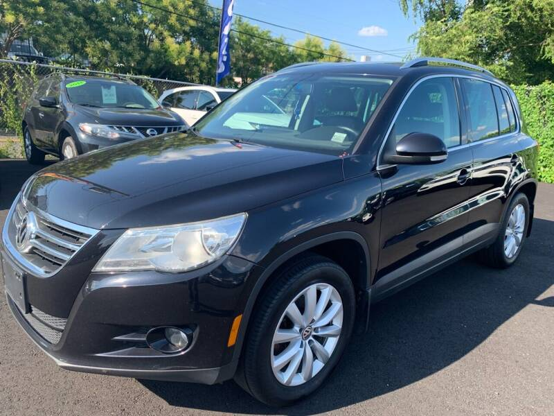 2011 Volkswagen Tiguan for sale at TD MOTOR LEASING LLC in Staten Island NY