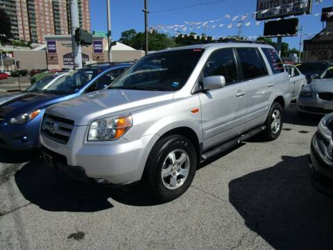 2007 Honda Pilot for sale at Daniel Auto Sales in Yonkers NY