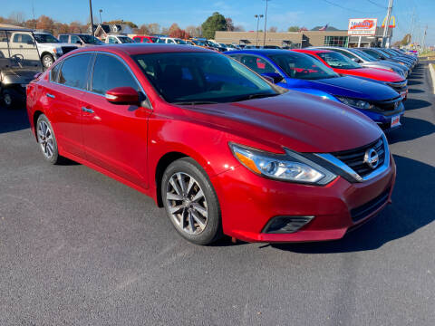 2016 Nissan Altima for sale at McCully's Automotive in Benton KY