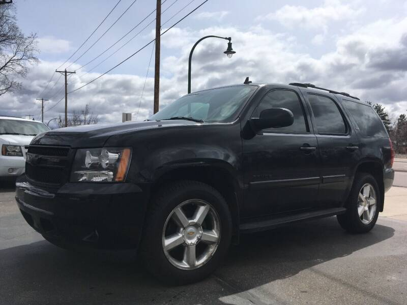 2007 Chevrolet Tahoe for sale at Premier Motors LLC in Crystal MN