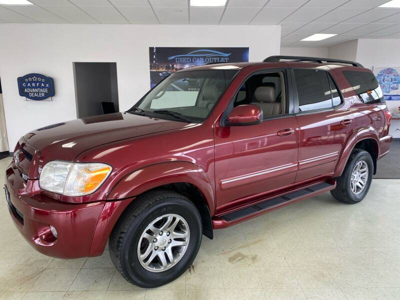 2007 Toyota Sequoia for sale at Used Car Outlet in Bloomington IL