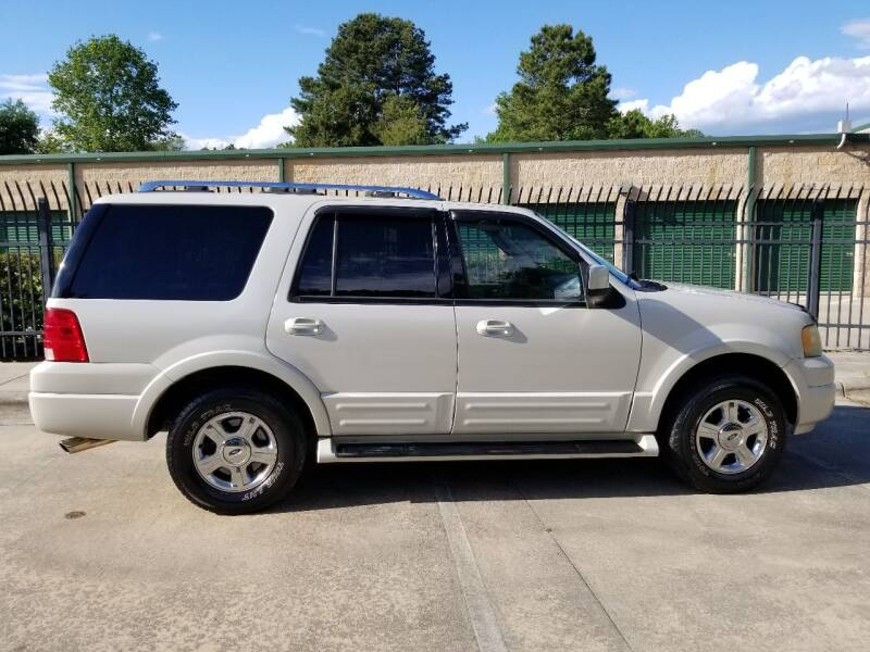 2006 Ford Expedition for sale at Hollingsworth Auto Sales in Wake Forest NC