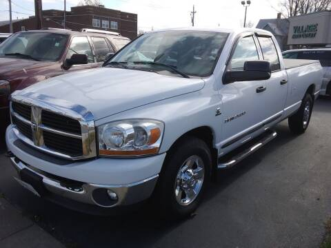 2006 Dodge Ram Pickup 2500 for sale at Village Auto Outlet in Milan IL