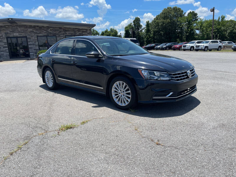 2017 Volkswagen Passat for sale at Auto Credit Xpress - Sherwood in Sherwood AR