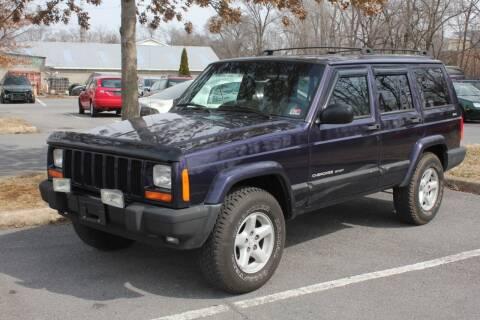 1999 Jeep Cherokee for sale at Auto Bahn Motors in Winchester VA