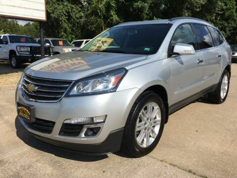 2014 Chevrolet Traverse for sale at Town and Country Auto Sales in Jefferson City MO