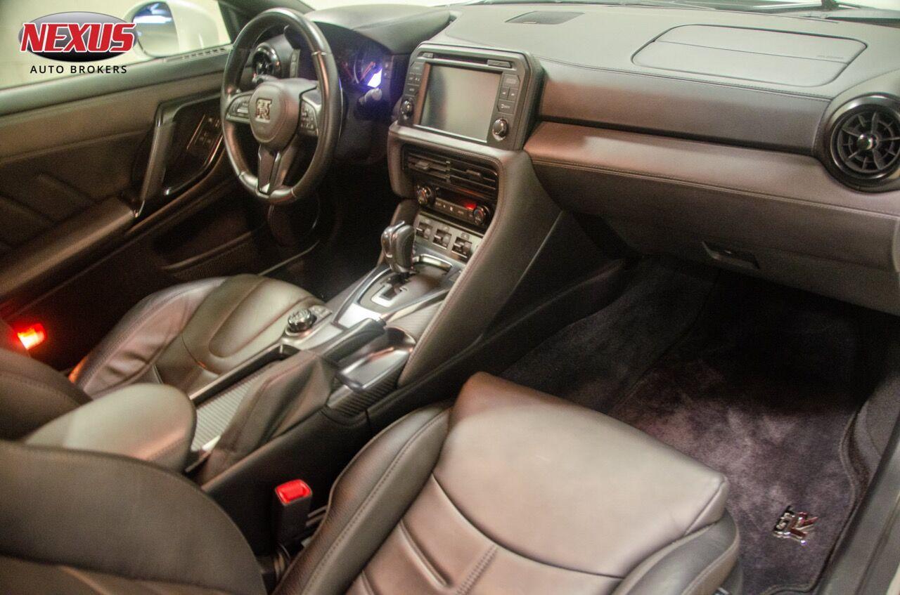 2018-nissan-gt-r-premium-awd-2dr-coupe.j