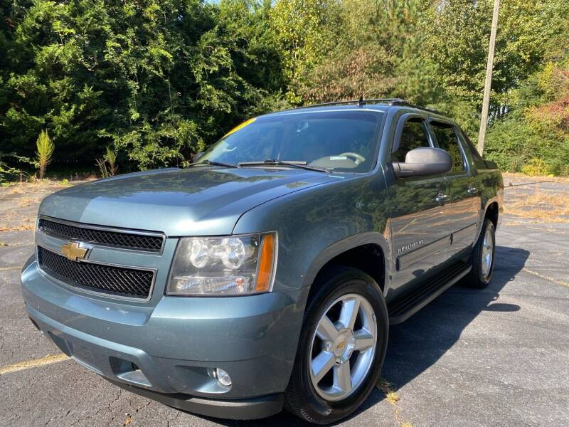 2011 Chevrolet Avalanche for sale at Peach Auto Sales in Smyrna GA