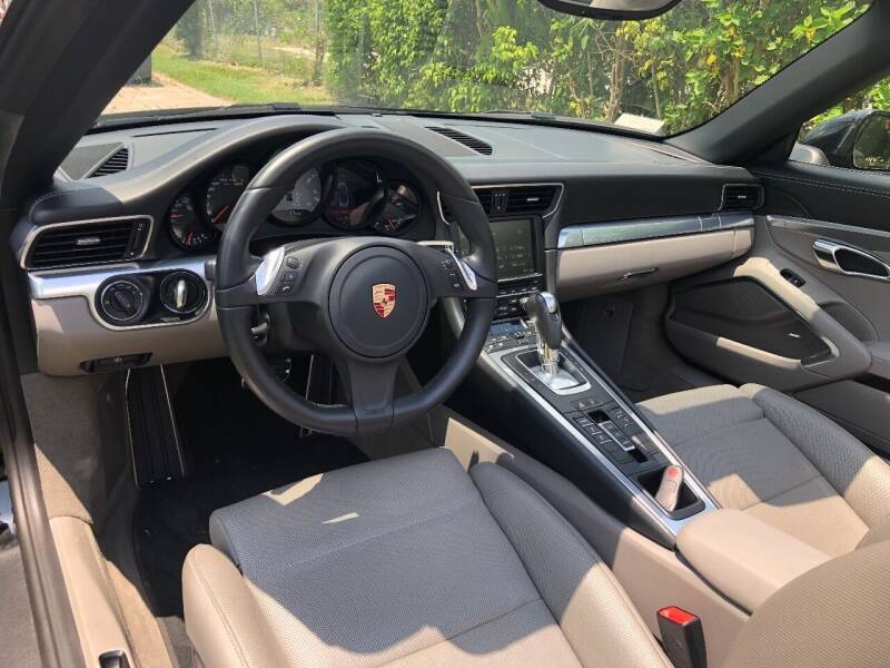 2014 Porsche 911 Carrera S 2dr Convertible - Medley FL