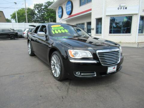 2011 Chrysler 300 for sale at Auto Land Inc in Crest Hill IL