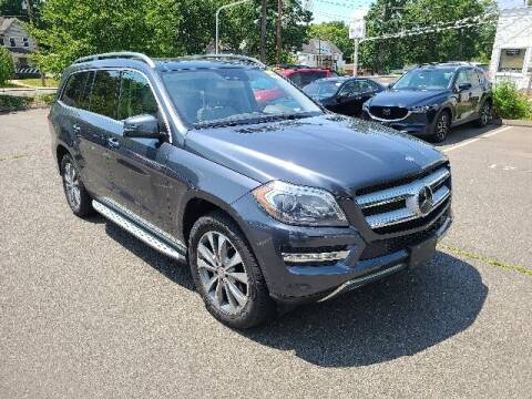 2015 Mercedes-Benz GL-Class for sale at BETTER BUYS AUTO INC in East Windsor CT