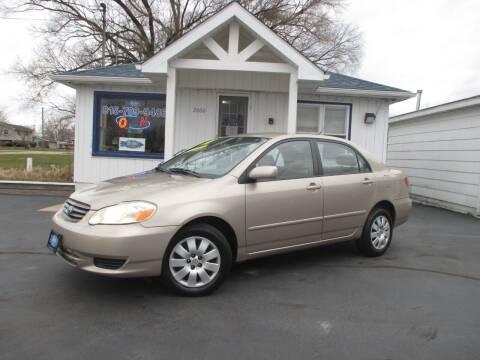 2004 Toyota Corolla for sale at Blue Arrow Motors in Coal City IL