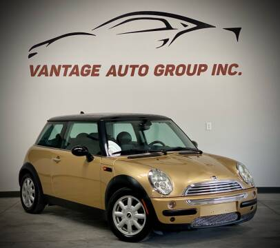 2004 MINI Cooper for sale at Vantage Auto Group Inc in Fresno CA