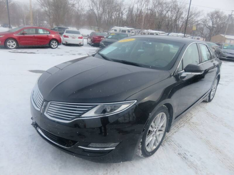 2014 Lincoln MKZ for sale at Azteca Auto Sales LLC in Des Moines IA