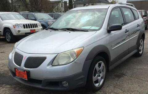 2007 Pontiac Vibe for sale at Knowlton Motors, Inc. in Freeport IL
