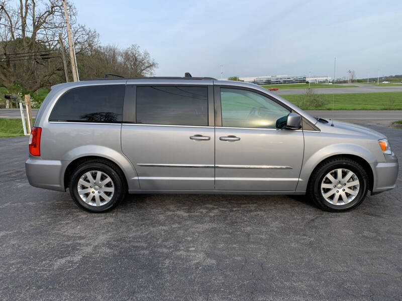 2015 Chrysler Town and Country for sale at Westview Motors in Hillsboro OH