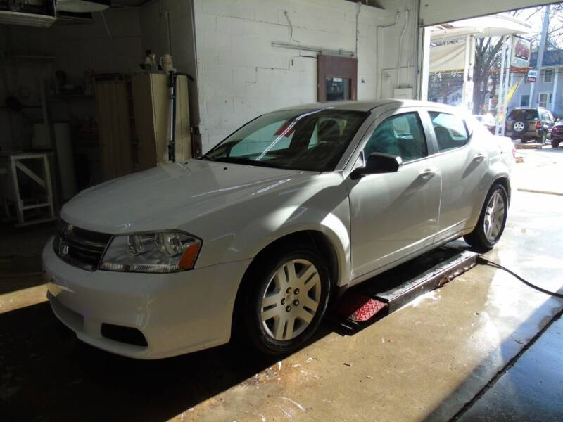 2013 Dodge Avenger for sale at C&C AUTO SALES INC in Charles City IA