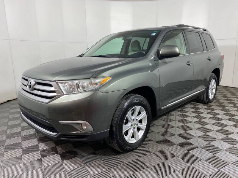 2011 Toyota Highlander for sale at Elite Pre-Owned Auto in Peabody MA