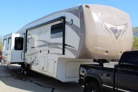 2014 CEDAR CREEK 38CK for sale at S & L Auto Sales in Grand Rapids MI