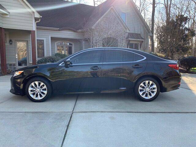 2014 Lexus ES 300h for sale at Mater's Motors in Stanley NC