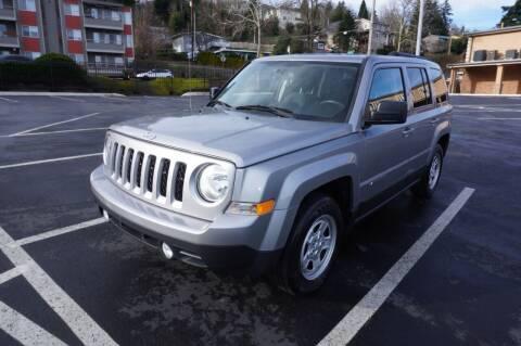 2015 Jeep Patriot for sale at Precision Motors LLC in Renton WA