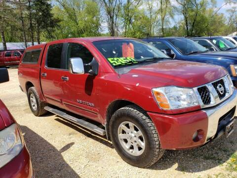 2005 Nissan Titan for sale at Northwoods Auto & Truck Sales in Machesney Park IL
