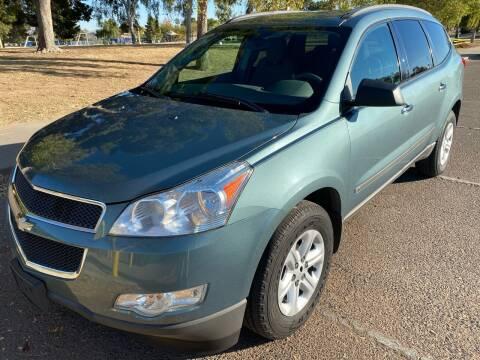 2009 Chevrolet Traverse for sale at Premier Motors AZ in Phoenix AZ