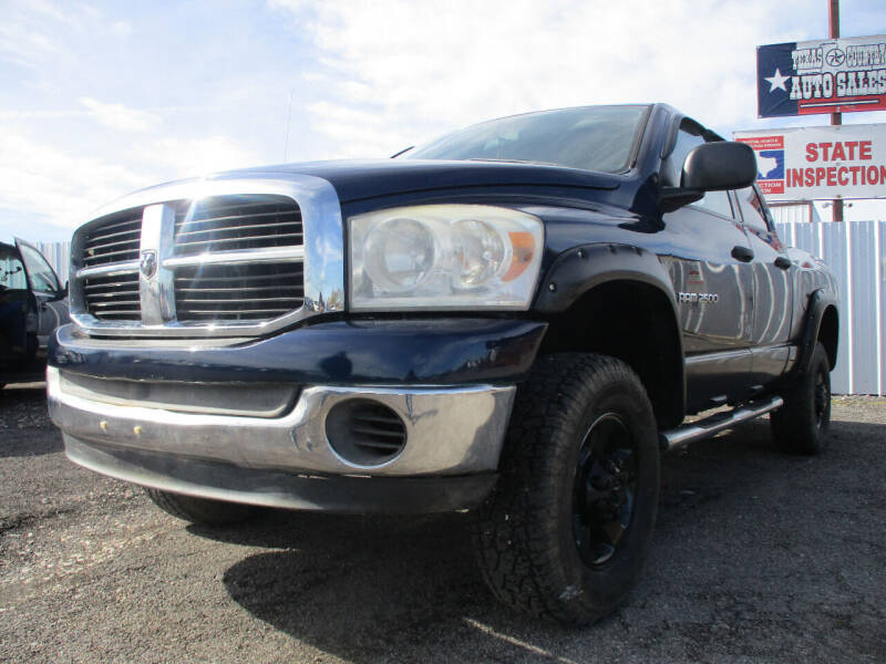 2006 Dodge Ram Pickup 2500 for sale at Texas Country Auto Sales LLC in Austin TX