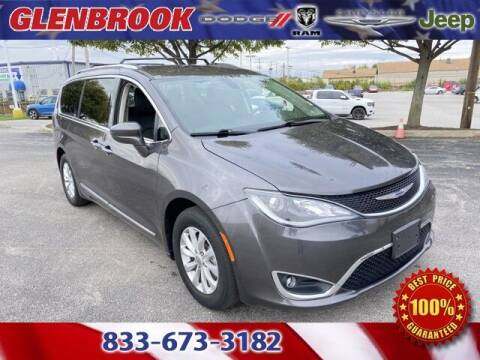2019 Chrysler Pacifica for sale at Glenbrook Dodge Chrysler Jeep Ram and Fiat in Fort Wayne IN