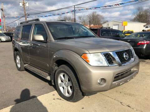 2009 Nissan Pathfinder for sale at Wise Investments Auto Sales in Sellersburg IN