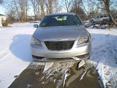 2013 Chrysler 200 for sale at ZJ's Custom Auto Inc. in Roseville MI