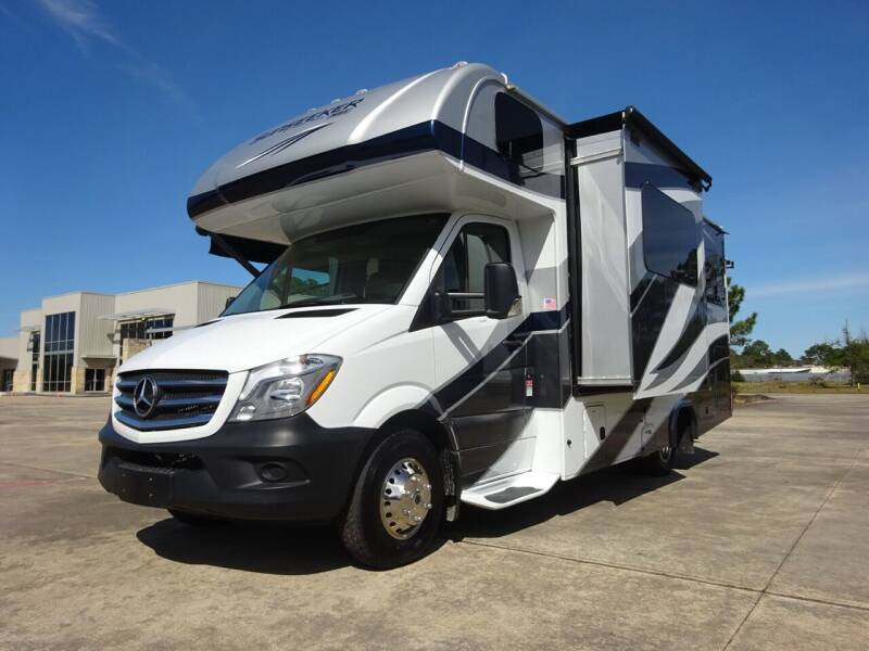 2018 Forest River Sunseeker 2400R, Diesel for sale at Top Choice RV in Spring TX