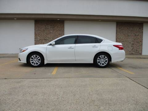 2016 Nissan Altima for sale at A & P Automotive in Montgomery AL