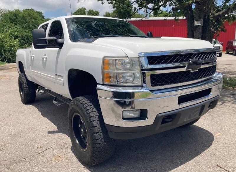 2011 Chevrolet Silverado 3500HD for sale at USA AUTO CENTER in Austin TX
