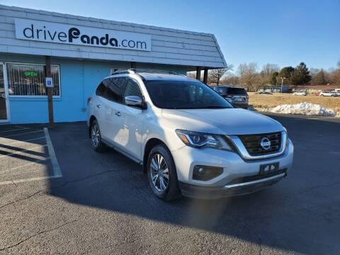 2018 Nissan Pathfinder for sale at DrivePanda.com in Dekalb IL
