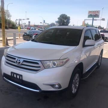 2013 Toyota Highlander for sale at Fiesta Motors Inc in Las Cruces NM