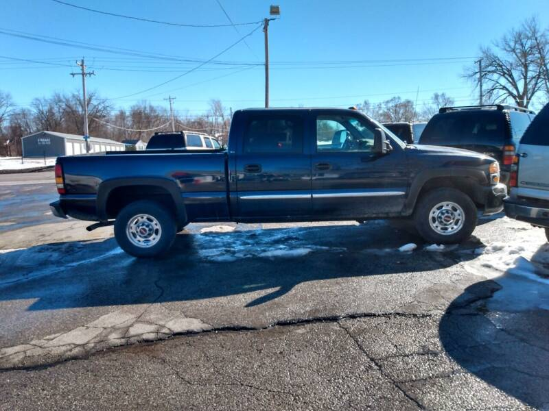 2006 GMC Sierra 1500HD for sale at PAUL'S PAINT & BODY SHOP in Des Moines IA