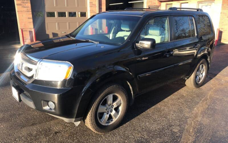 2009 Honda Pilot for sale at Superior Used Cars Inc in Cuyahoga Falls OH
