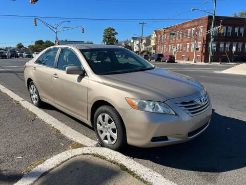 2009 Toyota Camry for sale at G1 AUTO SALES II in Elizabeth NJ