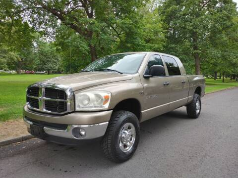 2007 Dodge Ram Pickup 1500 for sale at NATIONAL AUTO SALES AND SERVICE LLC in Spokane WA